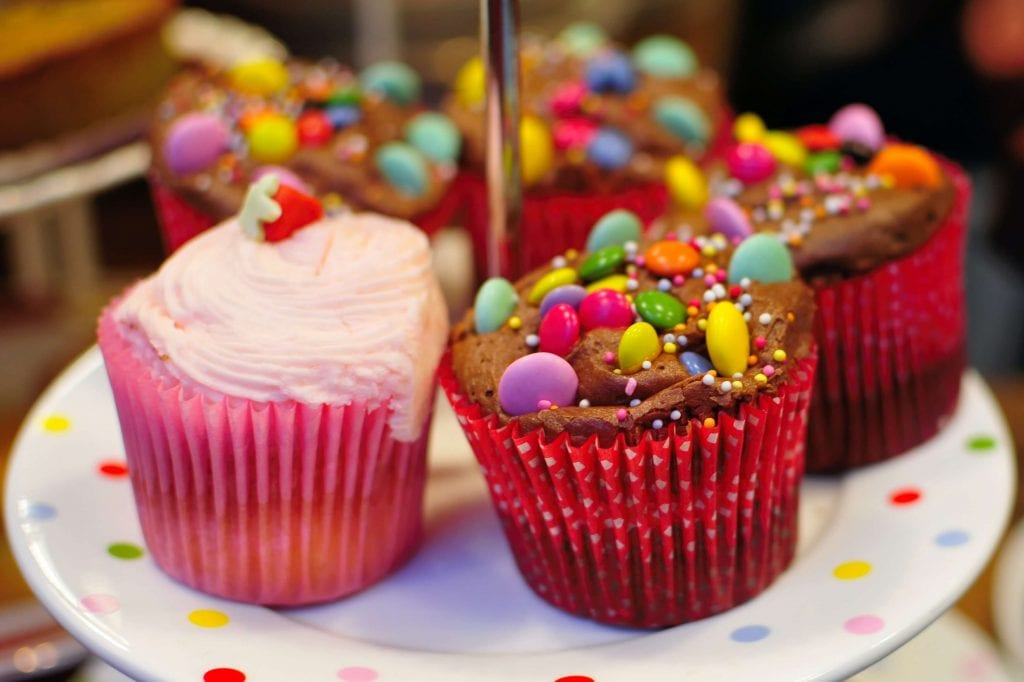 not easy to reduce sugar cravings when faced with these cupcakes