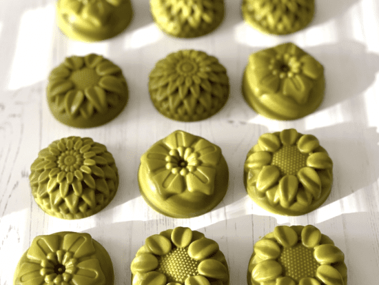 Japanese green tea used to color soap