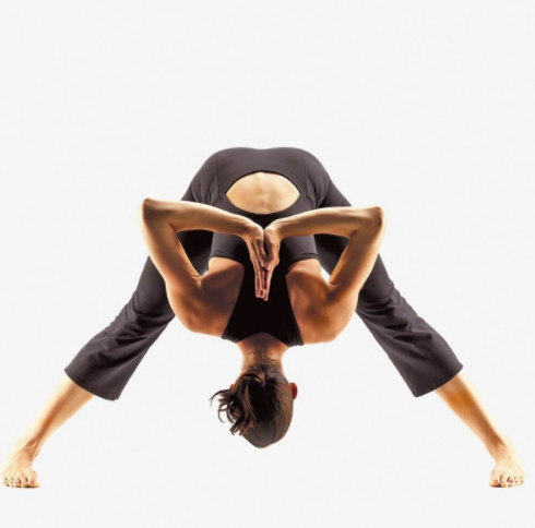 yoga clothes is one of the sustainable gift ideas for Mother's Day